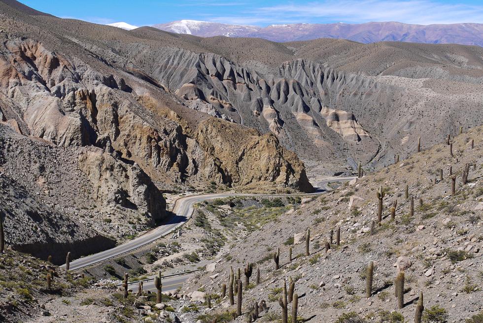 Провинция Salta, дорога в горах.