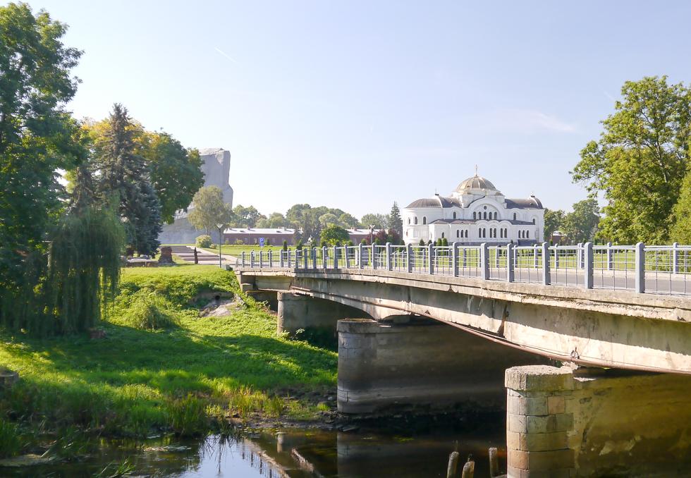 Мост и храм