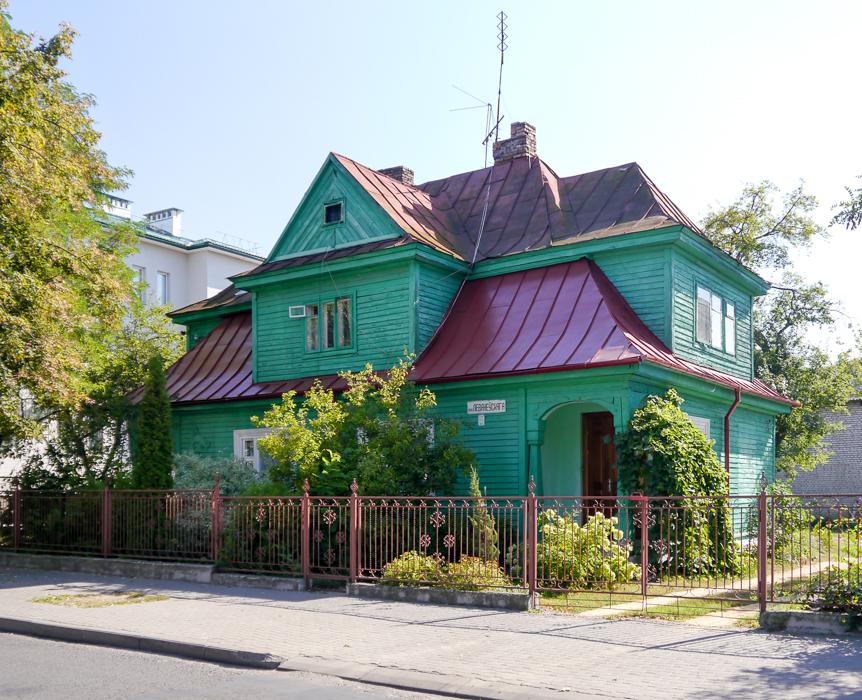 Деревянный дом в Бресте