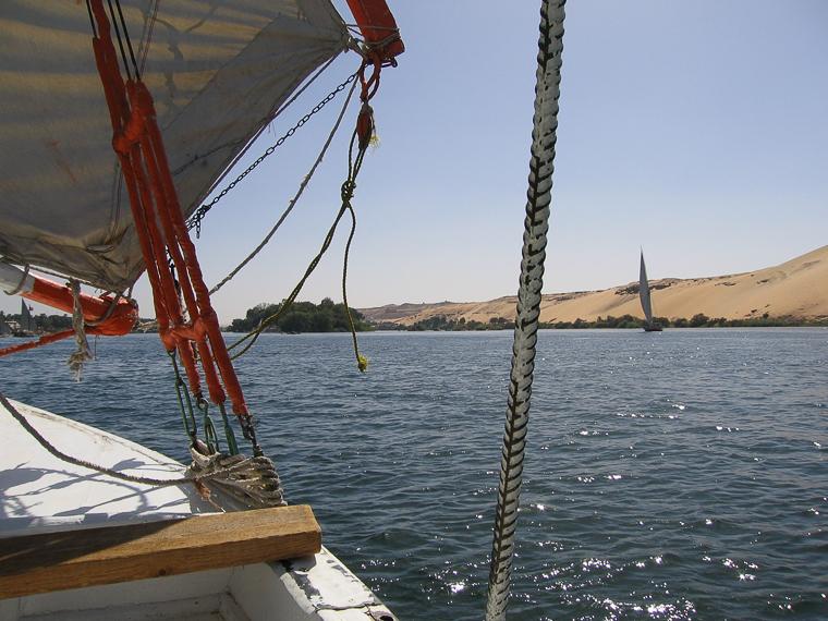 Вид на Нил с борта фелюги