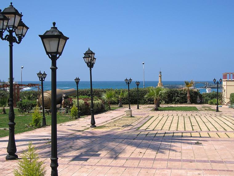 Александрия. Вид из парка резиденции президента на средиземное море