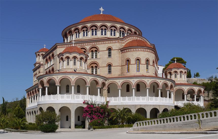 Храм в пост-византийском стиле на острове Эгина.