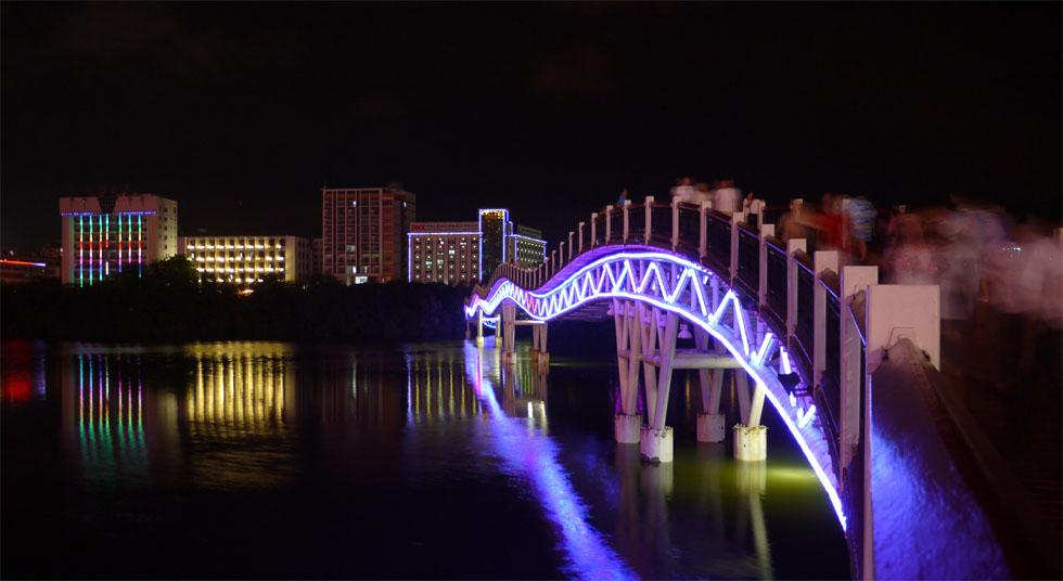 Мост в Санье