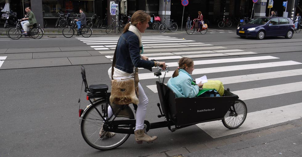 Велотелега в Амстердаме.