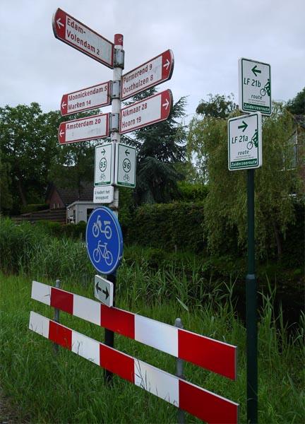 Велоуказатель в Голландии.