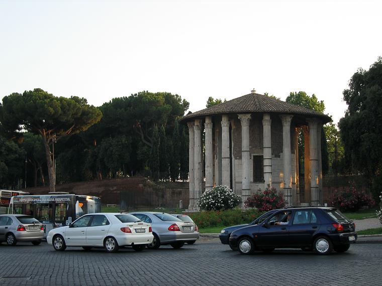 Храм в Риме в честь бога вина и виноделия, построенный состоятельным римлянином в первом веке нашей эры
