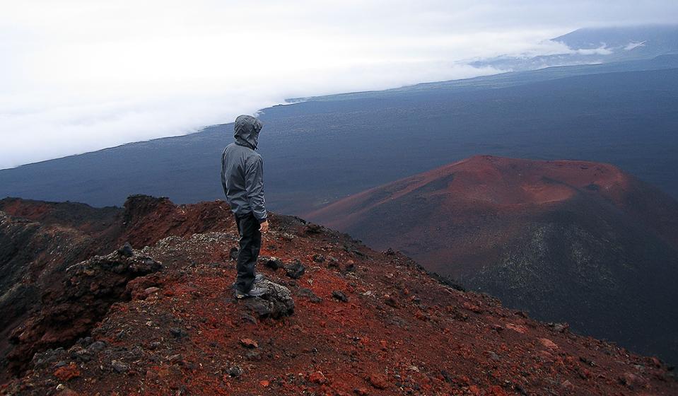 Северный прорыв. Эдвин Олдрин созерцает окрестности, пока с запада подбирается плотный туман.