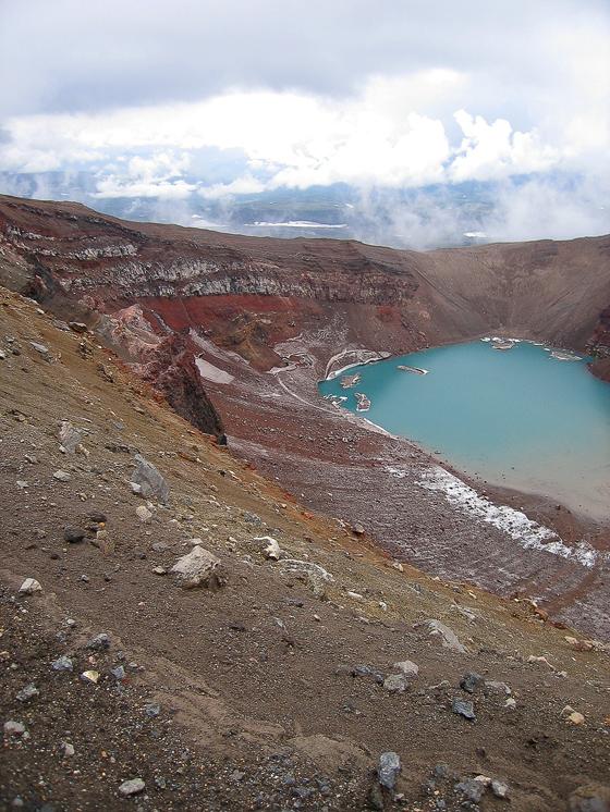 Первый кратер вулкана Горелый.