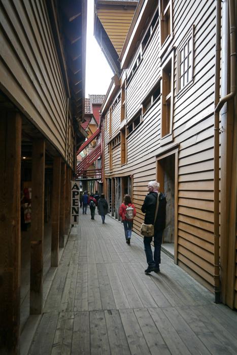 Деревянные улочки