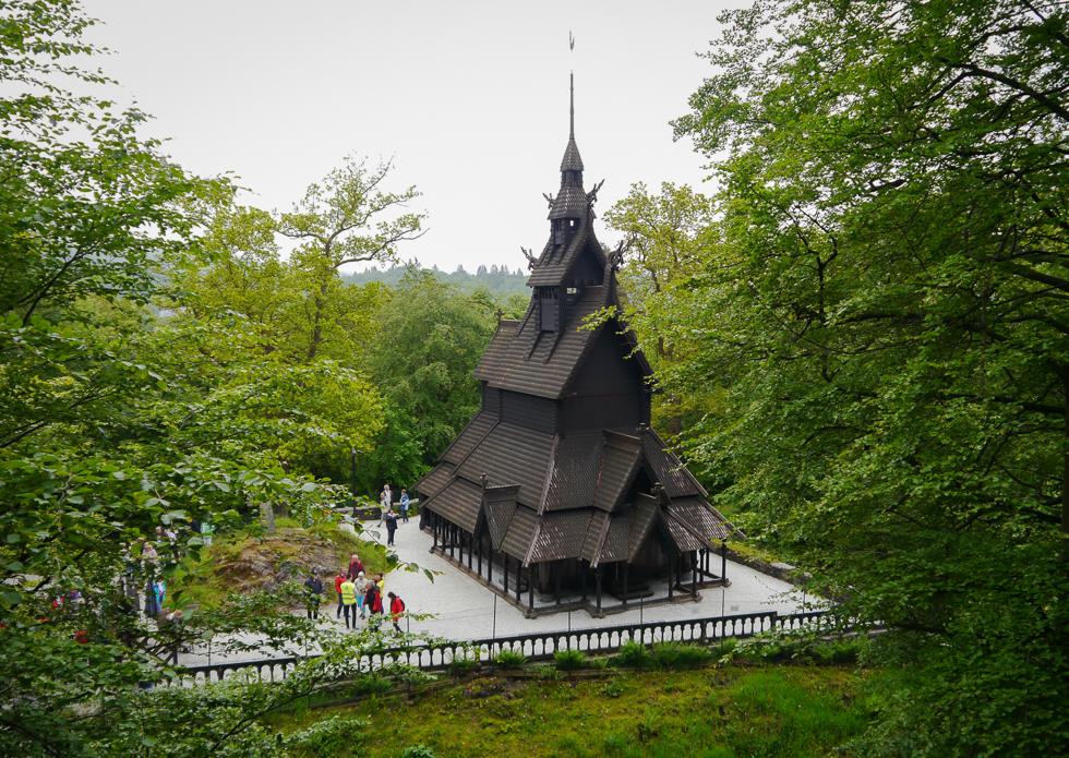 Открыточный вид Fantoft Stave Church