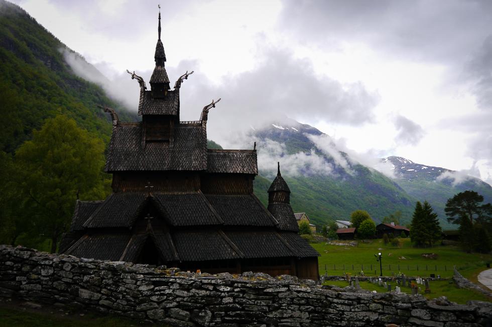 Церковь Borgund stavkirke