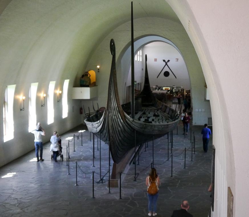 """Лодка викингов в музее """"Viking Ship Museum"""""""