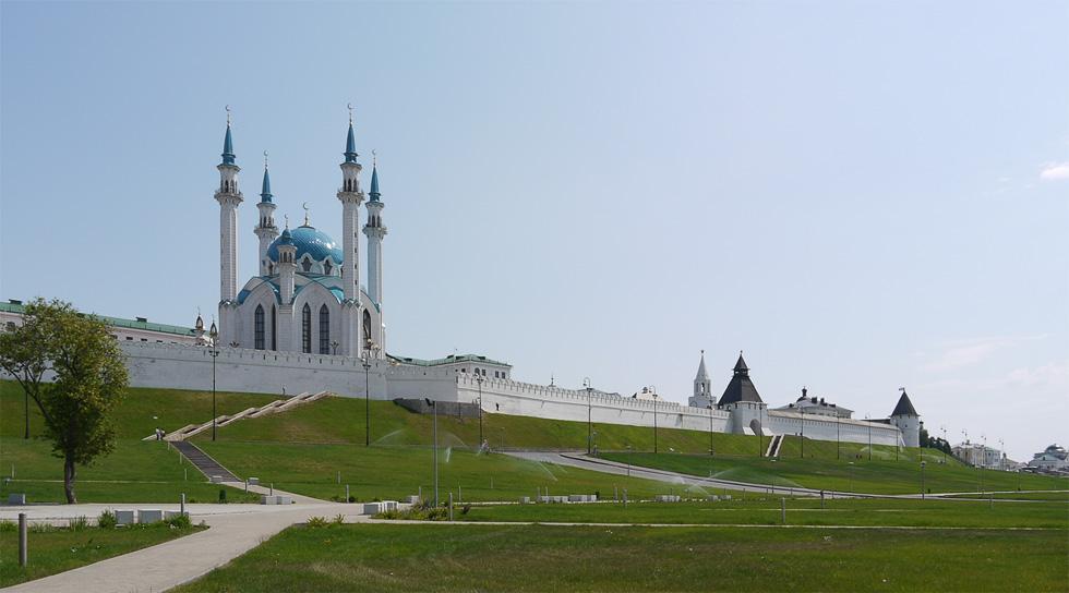 Парадная сторона Казанского кремля