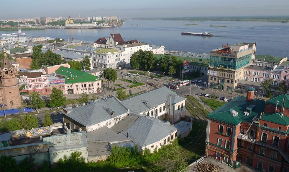 Вид на город со стены Нижегородского кремля.