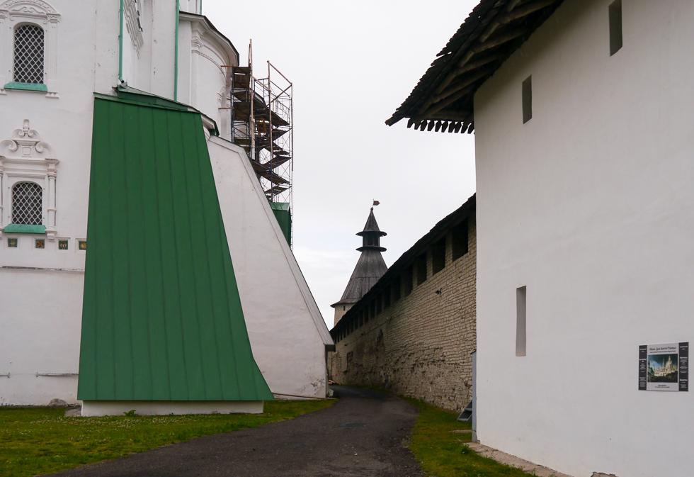 Реставрация в Пскове