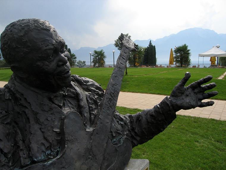Памятник Би Би Кингу в Монтре