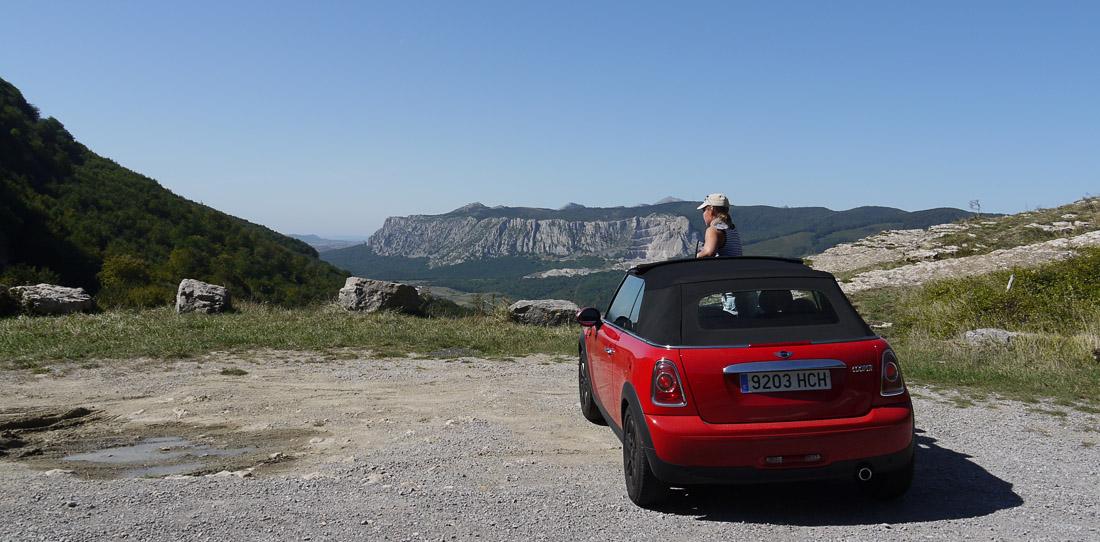 Mini Cooper в национальном парке Испании
