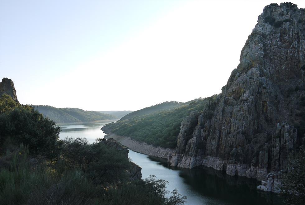 Река в Монфрагэ