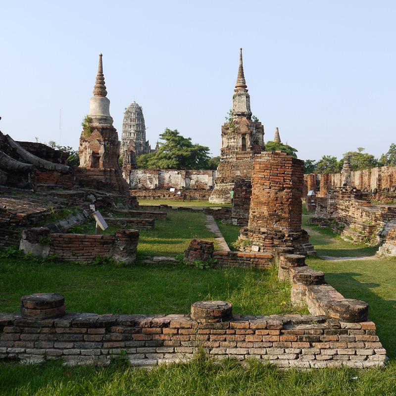 Ват Махатат (Wat Mahathat).