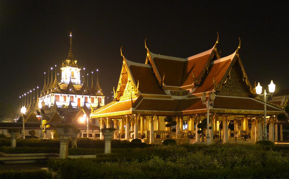 Ночная подсветка в Бангкоке