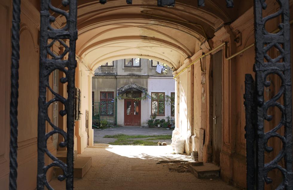Одесская подворотня и дворик