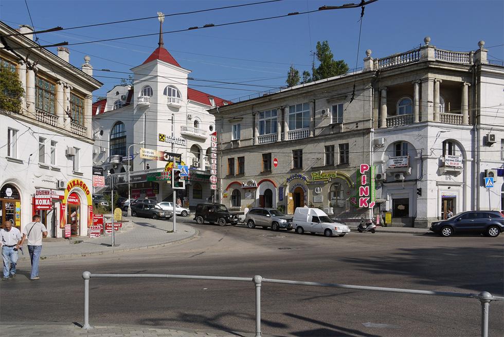 Улица Севастополя (Б. Морская)