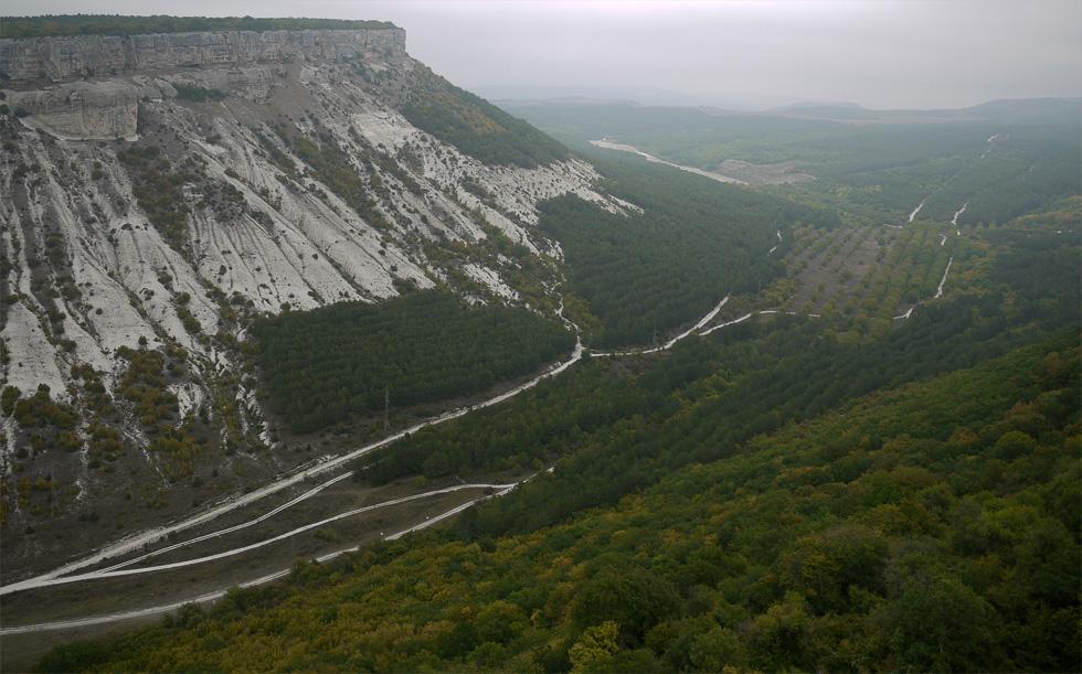 Вид из города Чуфут-Кале