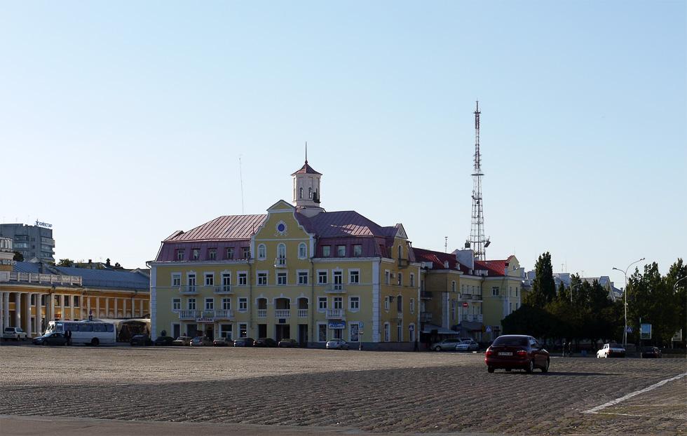 Красная площадь Чернигова