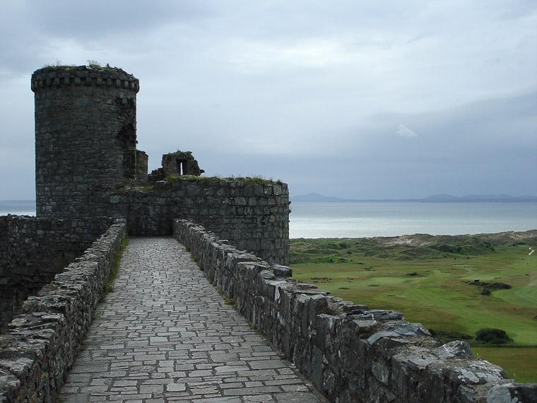 Уэльс. Замок Харлех. Вид на залив