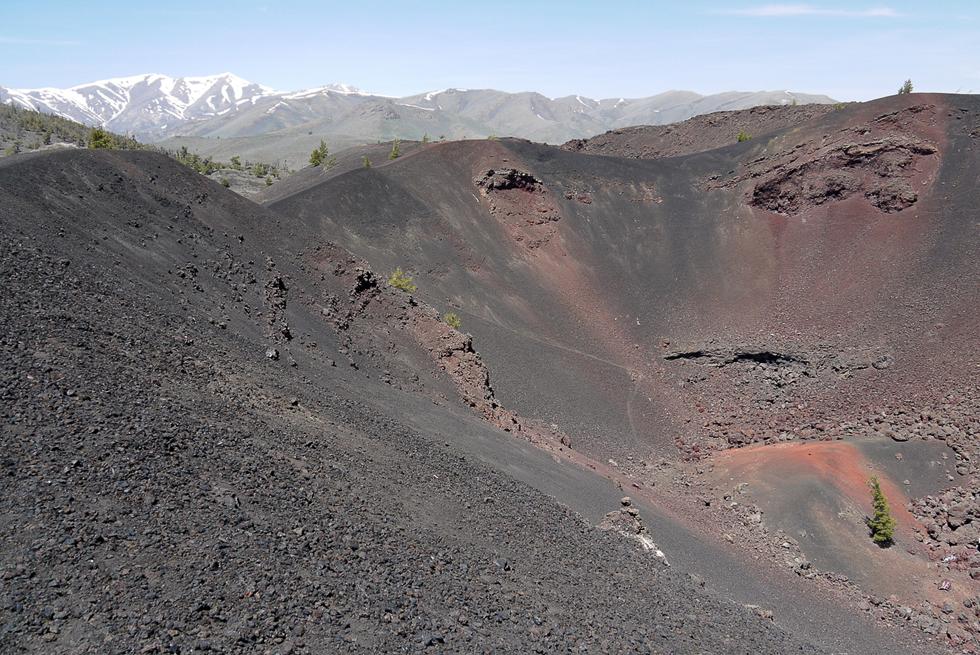 Место, где две тысячи лет назад извергались вулканы.