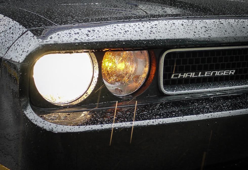 Двойные фары Dodge Challenger