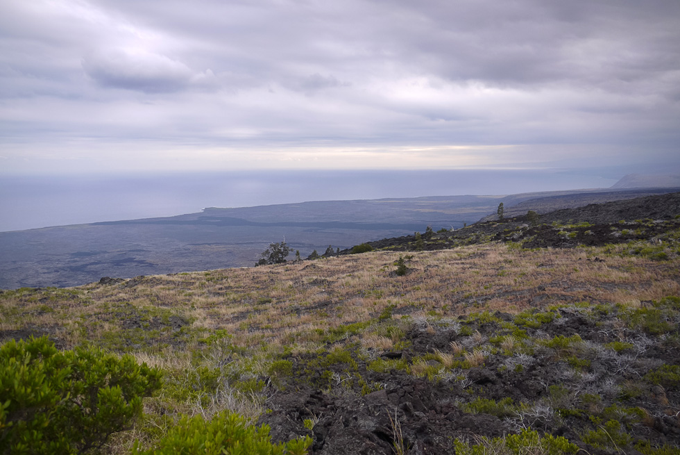Побережье рядом с Гавайским вулканом